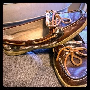 Sperry shoes 10